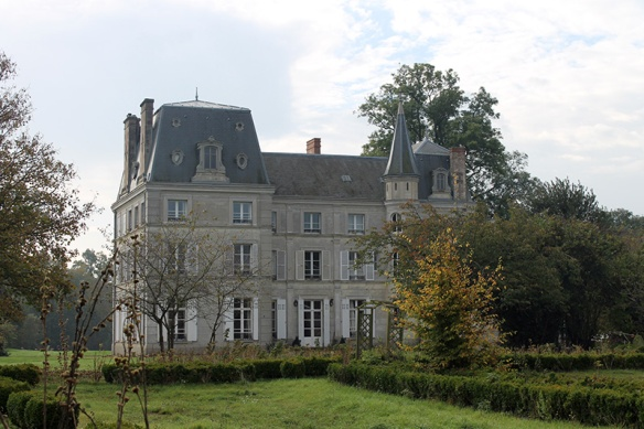 chateau-de-la-puisaye-6