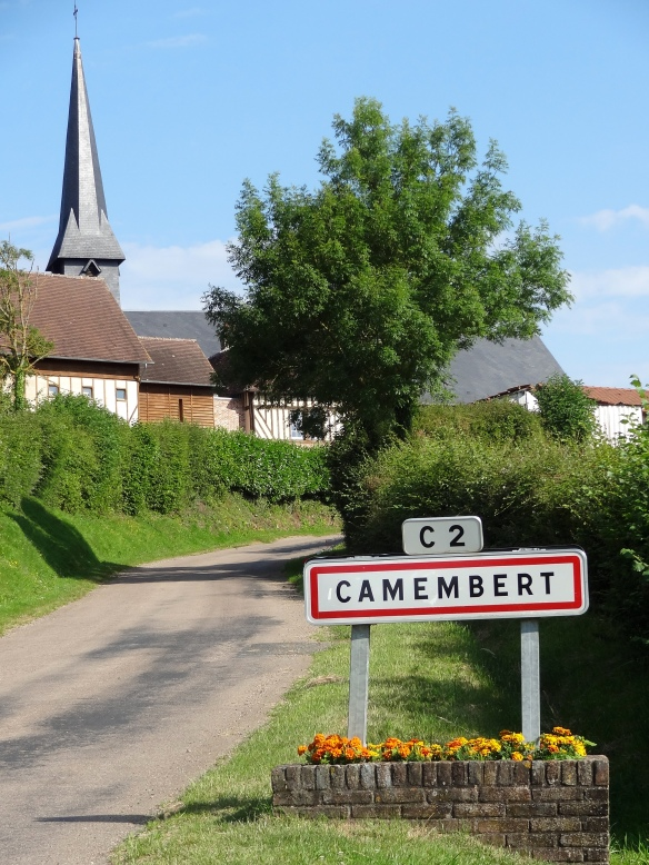 Camembert village PLEASE DISPLAY PHOTO CREDIT ©E. Ursule+D. Dumas+Normandy Tourist Board.jpg