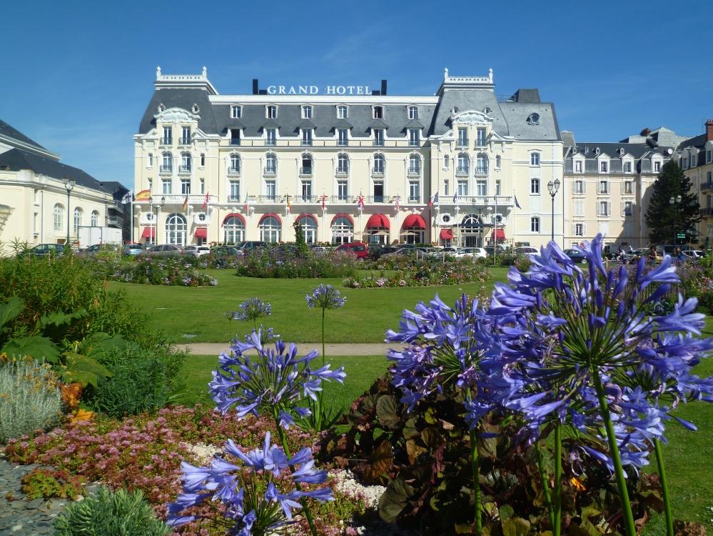 6913-Grand hotel de Cabourg -® L. Leloup CRT Normandie --® L. Leloup CRT Normandie .jpg