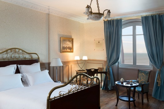 Chambre Marcel Proust © Grand Hôtel Cabourg.jpg
