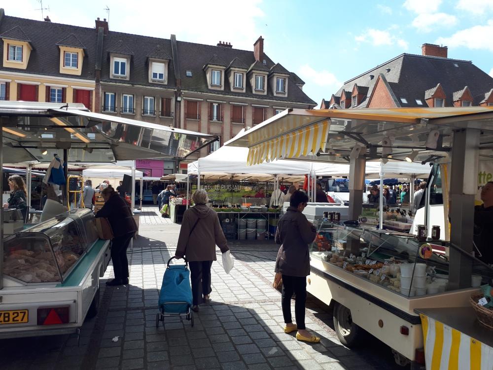 Evreux market © V. Joannon Normandy Tourist Board (6).jpg